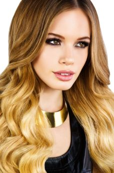 Ombre / Root Stretch Beauty Works Celebrity Choice Remi Weft  Human Hair Extensions 120g